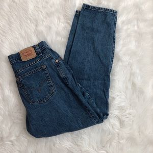 Vintage Levi's 550 medium blue jeans
